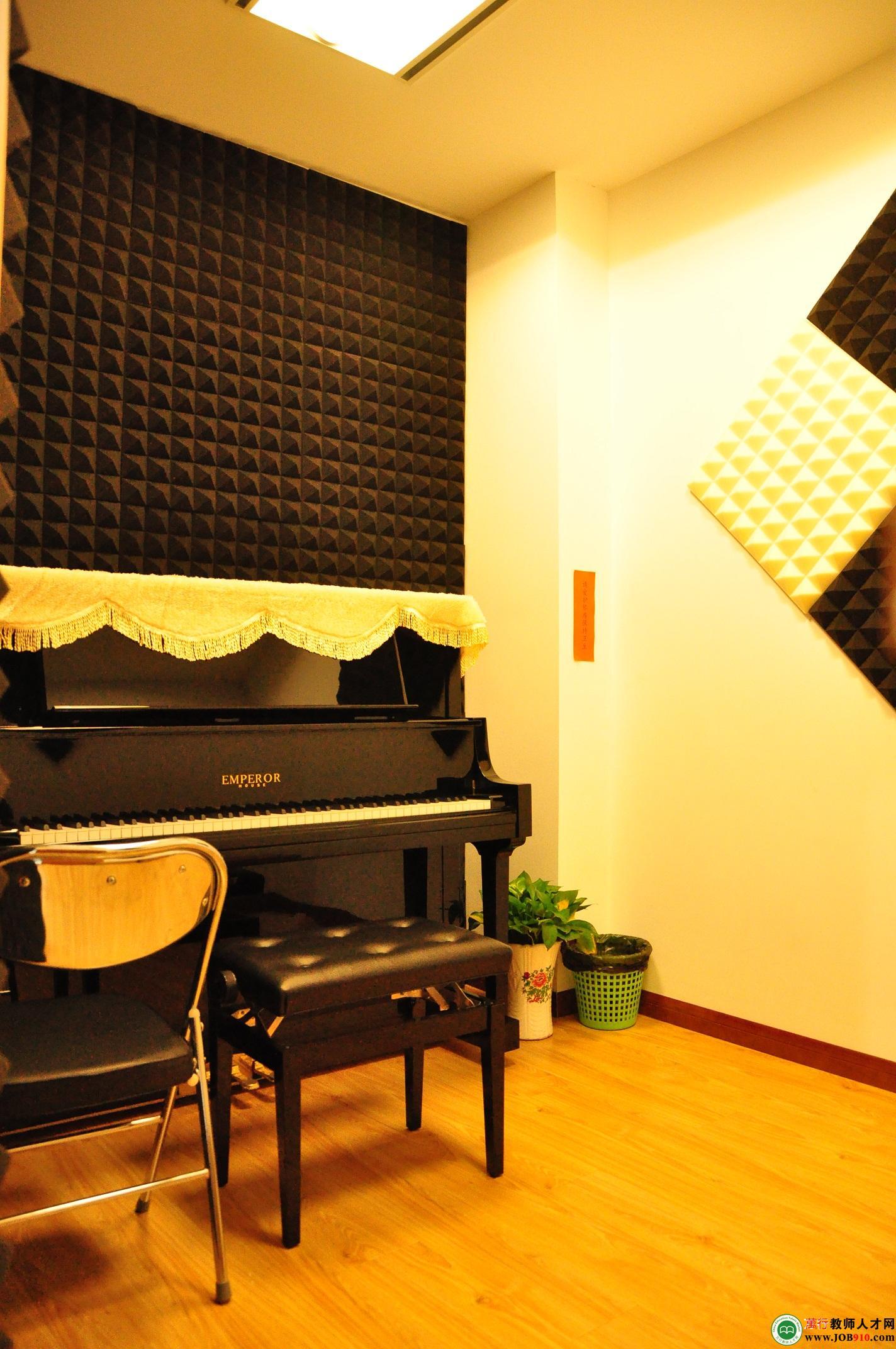 钢琴学校装修效果图 舞蹈教室装修效果图 舞蹈教室装修效